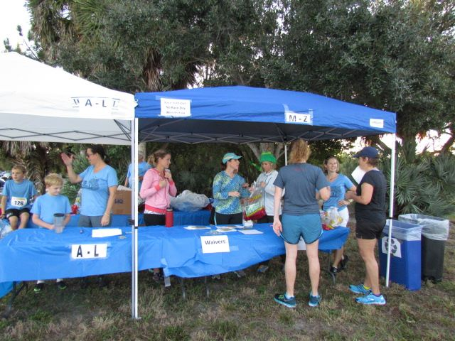 Packet pickup on race morning at Weedon Island.